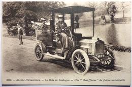 UNE CHAUFFEUSE - BOIS DE BOULOGNE - Taxi & Carrozzelle