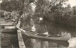 """CPSM SAINT JULIEN LES VILLAS - Aube """" Un Bord De Seine """" 1960 - France"""