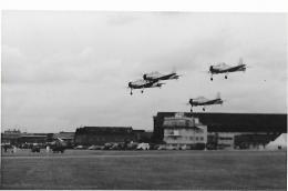 "Jet Provost Trainers And 3 X Images Of Brittania "" El Al "" Plain Back Photos. - 1946-....: Era Moderna"