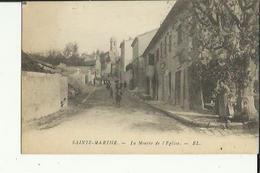 Sainte-Marthe  27    La Montée De L'Eglise Et  Rue Animée - Andere Gemeenten