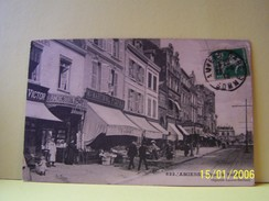 AMIENS (SOMME) LES COMMERCES. LES MAGASINS. RUE DE NOYON. - Amiens