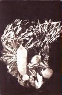 Stilbina Con Quarzo Su Cartolina  Di Romania - Minerali