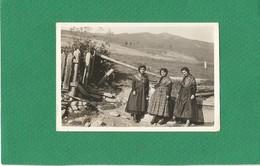 Photo Ancienne Trois Jeunes Femmes En Costume Folklorique Sans Doute SAVOIE Savoyarde à Confirmer - Andere
