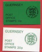 Guernesey - 2 Carnets - 1979: Pièces De Monnaies Et 1976: Uniformes Militaires - Guernsey