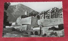 05 - Briançon - La Porte D'embrun Et Les Remparts   ----- 406 - Briancon