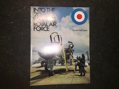 17 - Plaquette Air Raft Of The RAF 1970 N'y John W R Taylor - Armée Britannique