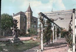 DARNEY Jardin D'Enfants Roseraie Place De L'Hôtel De Ville - Darney