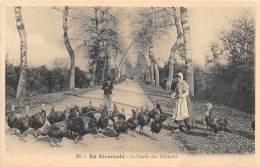 58 - NIEVRE / En Nivernais - La Garde Des Dindons - Beau Cliché Animé - France