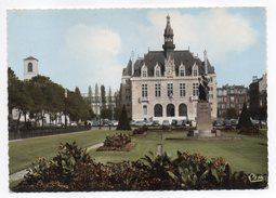 VINCENNES--1967--Place De La Mairie(voitures,monument Daumesnil) Cpsm 15 X 10 N° Cc 94.201  éd Combier-cachet - Vincennes