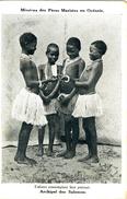 CPA ( Oceanie) ILES SALOMON  Enfants Cotemplant Leur Portrait - Salomon