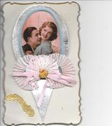 Carte En Relief Différents Matériaux; Papier Tissus Photo  Pour Fete Ste Catherine Ou Catherinette - Phantasie