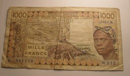 1985 - Afrique De L'Ouest - West African States - Sénégal - 1000 FRANCS - N. 012  287841139 - Banknotes