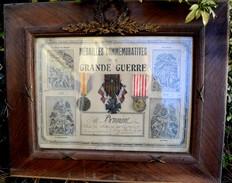 Cadre : Médailles Commémoratives De La Grande Guerre 1914 1918 VERDUN - WW1, Soldat Du 124éme RI De Laval (Mayenne) - Frankreich