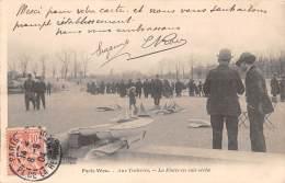 75 - PARIS / Série Paris Vécu - Aus Tuileries - La Flotte En Cale Sèche - France