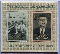 (B 16) Fujeira ** Michel Bloc N° 5A Surchargé - J.F. Kennedy En Famille - - Fujeira