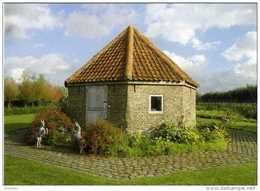 ETTELGEM - Oudenburg (W.Vl.) - Molen/moulin - Fraaie Opname Van De Stenen Rosmolen Aan De Klemskerkestraat - Oudenburg