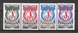 "France ""Service""  N° 39 à 42 ** (cote 7,50 €) - Neufs"