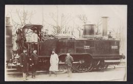 CPA Carte Photo Une Machine De L' OUEST - Trains