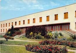 27 - LE NEUBOURG : Maison De Retraite - CPSM GF Postée 1989 - Eure - Le Neubourg