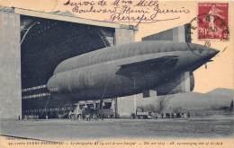 THEME AEROSTATION - Zeppelin / Cuers Pierrefeu - Dirigeable AT 19 Sort De Son Hangar - Cuers