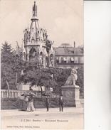 CPA. GENEVE. Suisse. Monument Brunswick, Animé Femmes En Robe Longue Et Ombrelle. ...D678 - GE Genève