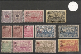 NOUVELLE CALÉDONIE Année 1922-1924/27 N°Y/T: 136/138*/** - Ungebraucht