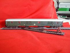 Trains électriques, Echelle N - Voiture Fourgon DB  - Livrée Verte - Passenger Trains