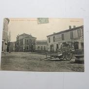 07 - ALBA La Romaine  -  La Place Principale En 1905 - France