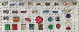 Signature - Josip Broz Tito.LOT - 32 Pins - Celebrities
