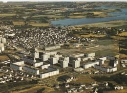 56 - VANNES - Le Centre Commercial De Kercado - L'Eglise St-Vincent Ferrier - Le Lycée Le Sage - Vannes