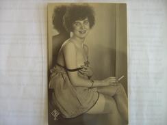 Nu Feminin - Nus Adultes (< 1960)