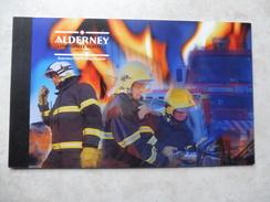 Alderney Carnet Pompiers Illustré En Photos Et  Timbres Neuf  C 243 ( 50 Euro De Cote ) - Alderney