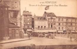 14 - CALVADOS / Honfleur - Un Coin De La Lieutenance Et Le Quai Beaulieu - Beau Cliché - Honfleur