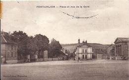12431.....PONTARLIER, Place De La Gare En Hiver - Pontarlier