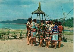 TAIWAN-  ZOAU TRIBAL WOMEN AT SUN MOON LAKE - Taiwan