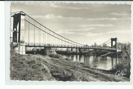 82 VERDUN Sur GARONNE Pont Suspendu Sur La Garonne ,Timbre N°1565 ,50e Anniversaire De La Première Liaison Postale - Verdun Sur Garonne