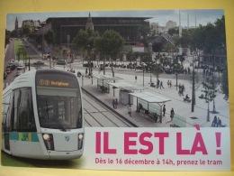 TRAIN 3496 - TRAMWAY DE PARIS. IL EST LA ! DES LE 16 DECEMBRE...PRENEZ LE TRAM (VOIR SCANS RECTO / VERSO) - Transporte Público