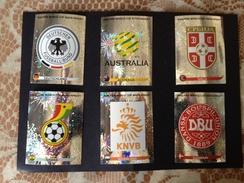 SOUT AFRICA 2010 - FIFA - N° 06 SCUDETTI PANINI - 259 - 278 - 217 - 316 - 335 - 354 - Panini