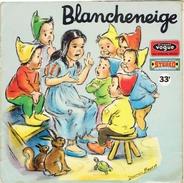 BLANCHENEIGE TEXTE ILLUSTRATIONS DE GERMAINE BOURET LIVRET DE 12 PAGES ILLUSTREES ET DISQUE 33 TOURS - Disques & CD
