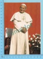 Pape, Papa, Pope -Pape Jean Paul II Au Canada , Edition Ecusson D'or Canada   - 2 Scans - Papes