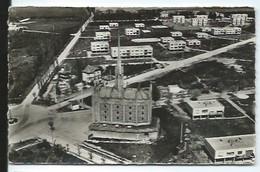 ELISABETHVILLE -78140 - CPSM - L'eglise Et Le Groupe Seine - France