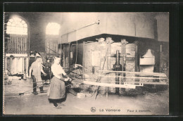 CPA La Verrèrie, Four à étendre, Glasherstellung - Ansichtskarten