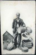 DOM TOM MARTINIQUE  ET GUADELOUPE  MARCHAND DE VANNERIES OSIER   TYPE PETIT METIER    CARTE   PRECURSEUR 1900 - Fort De France
