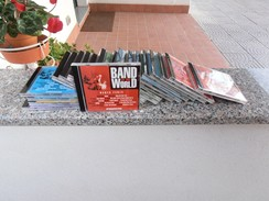Band In The World 21 Cd - Music & Instruments