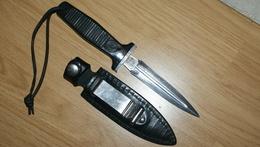 DAGUE / COUTEAU DE BOTTE - Knives/Swords