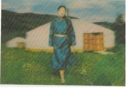 MONGOLIAN GHER / GIRL - 3 D LENTICULAR POSTCARD - PHOTO WENGCHINDORJ 1970s ( 108 - Cartes Postales