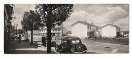 YVELINES  /  LES  CLAYES-sous-BOIS  /  RUE MAURICE-JOUET ET JARDINS DES CLAYES ( Automobiles Années 50 ) / CARTE  DOUBLE - Les Clayes Sous Bois