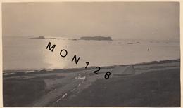 PLOEMEUR  (56 Morbihan) COUCHER DE SOLEIL AU FORT BLOQUE/KERAGAN 1939 (CAMPING)-PHOTO ORIGINALE Dim 11,5x7 Cms -BON ETAT - Lieux