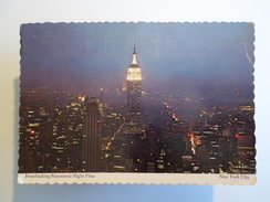 POSTCARD & STAMP USA NEW YORK CITY BREATHTAKING PANORAMIC NIGHT VIEW 1960 YEARS - Multi-vues, Vues Panoramiques