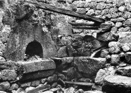 Sablières  Four à Pain Dans Une Ruine    N'a Pas Circulé              Cp096-028 - Joyeuse